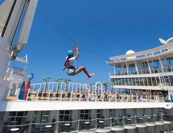 Zip Line na lodi Allure of the Seas.