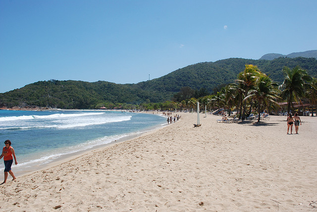 dragon tail beach