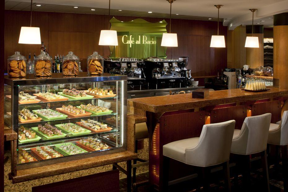 Celebrity Infinity - Celebrity Cruises - Café al Bacio and Gelateria