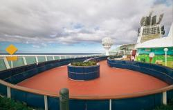 Mariner of the Seas - Royal Caribbean International - mini golf