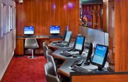 Norwegian Pearl - Norwegian Cruise Lines - Internet Café