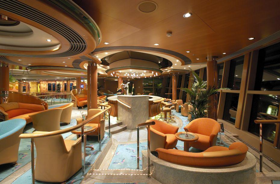 Serenade of the Seas - Royal Caribbean International - luxusní bar na lodi