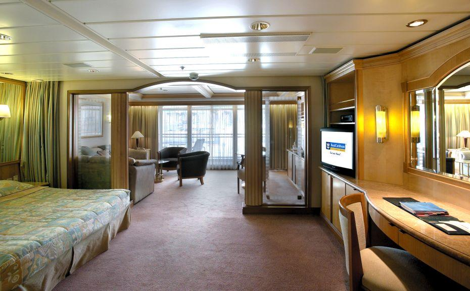 Vision of the Seas - Royal Caribbean International - Suite kajuta Owner´s Suite s balkonem